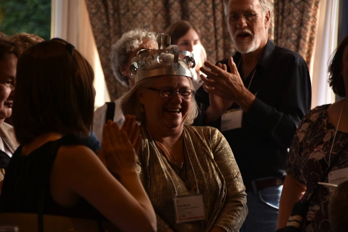 Revelers enjoy the welcome reception at Editors Canada Conference 2016 in Vancouver